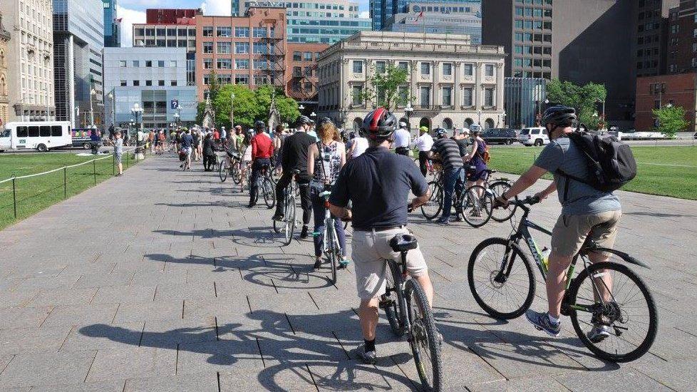Bikes riding parliament 3